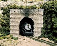 N Single Track Tunnel Portals pkg(2; Unpainted Hyrdrocal(R) Castings) -- Cut Stone